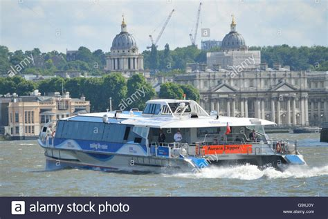thames river boat bus mbna thames clipper river bus service operating on the