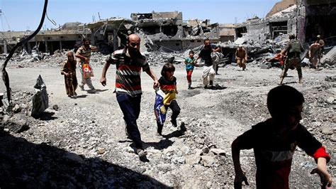 imagenes fuertes estado islamico fuertes im 193 genes estado isl 225 mico mata a 200 civiles que
