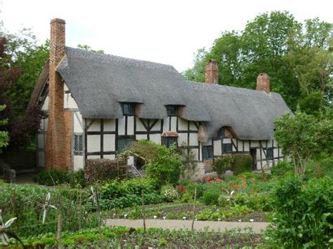 Stratford Upon Avon Cottage by Woodland Walk Picture Of Hathaway S Cottage