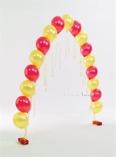 asi de sencillo unos cuantos globos un poco de cartulina y ya decoraci 243 n con globos los arcos revista fiestafacil