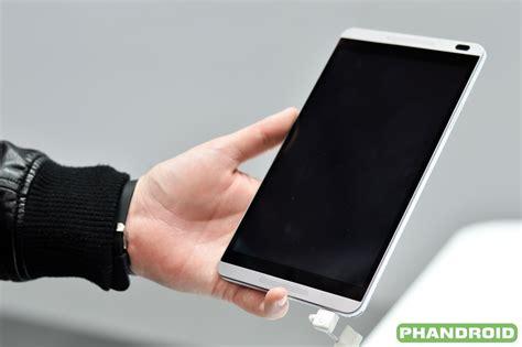 Tablet Huawei Mediapad M1 On Huawei Mediapad M1