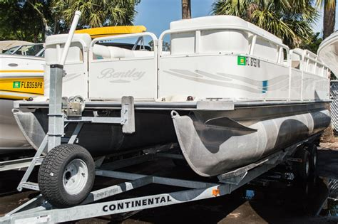 boat cruise west palm beach used 2009 bentley 220 cruise boat for sale in west palm