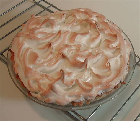 the iowa housewife meringue topping