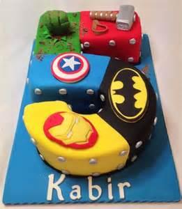 superhelden kuchen number cake cakes