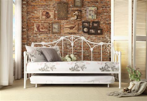 ruby white metal daybed  trundle  homelegance