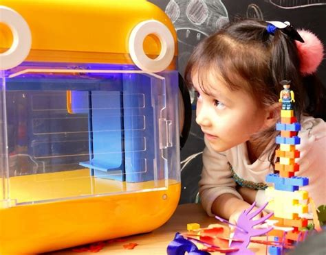 3d Kid minitoy 3d printer is the kid friendly machine for