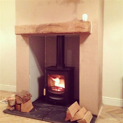 Fireplace Breast by 25 Best Images About Place Chimney Breast On