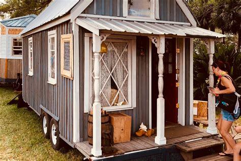 tiny house kits   market