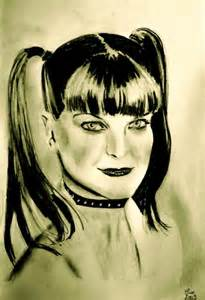 does pauley perrette have tattoos pauley perrette tattoos