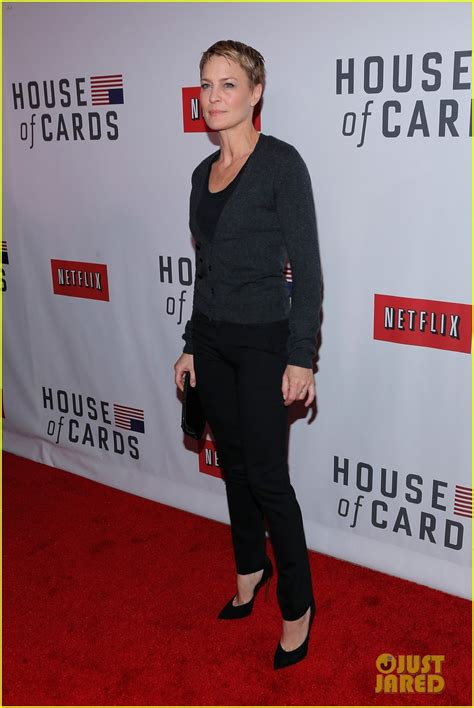 house of cards premiere kate rooney mara house of cards new york premiere photo 2801593 kate mara kevin spacey