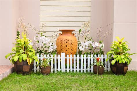 come abbellire il giardino come abbellire un giardino ecco una fotogallery ricca di idee