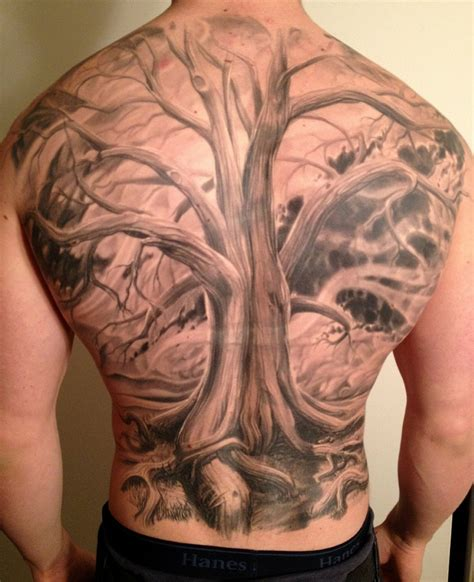 tattoo back tree full back tree tattoo by phil garcia tattoomagz