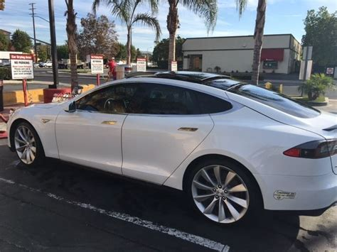 Tesla Model S P85 Cost 5yjsa1cp0dfp11547 Tesla P85 Model S Price Just Lowered