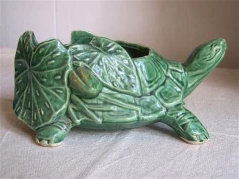 Mccoy Turtle Planter by Mccoy Pottery Green Turtle And Tortoise On