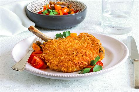 cucinare costolette di maiale ricetta costolette di maiale con cornflakes la cucina