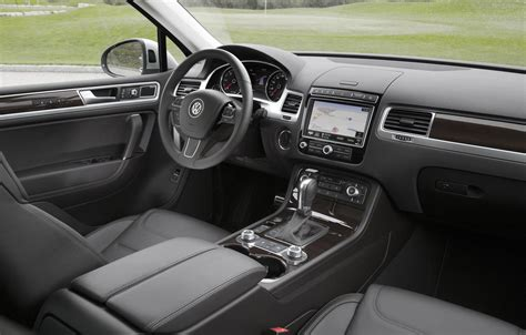 volkswagen suv 2015 interior 2015 volkswagen touareg facelift review gtspirit