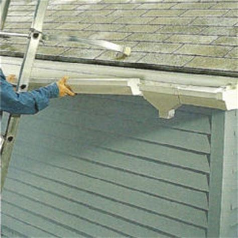 how to join gutter sections 8 steps how to install vinyl gutters page 2 ehowdiy com