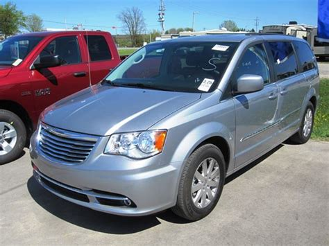Chrysler Town And Country 2014 by 2014 Chrysler Town And Country Touring Mount Forest