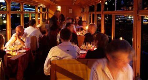 autobus candela roma cena tram roma una cena e musica jazz a bordo di un tram