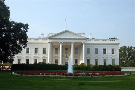 white house north file the white house north lawn 5945796963 jpg