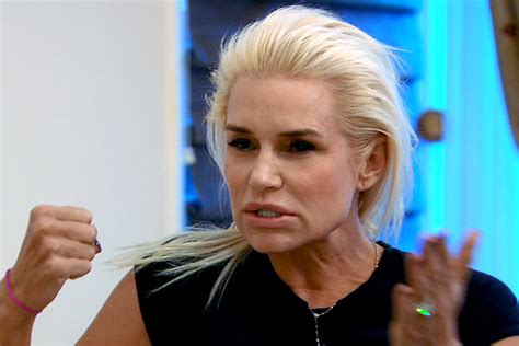 what color hair color as yolanda beverly hills housewife the gallery for gt yolanda foster hairstyle