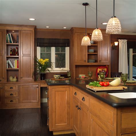 kitchen floor ideas with dark cabinets extraordinary dark hardwood floors with light cabinets