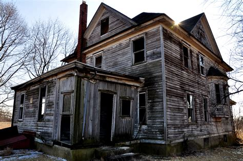 classic house sles haunted houses on pinterest haunted houses old houses