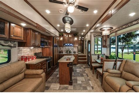 Montana Travel Trailer Floor Plans by Oakmont By Heartland Woody S Rv World