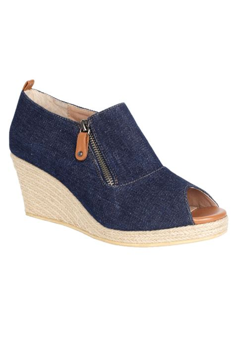 comfortview shoes plus size marci espadrille by comfortview 174 plus size