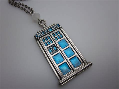 doctor who tardis necklace pic global news
