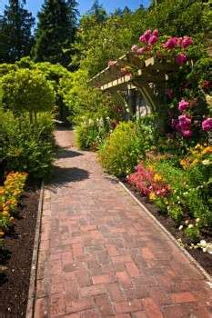 landscaping add value to the home strategies for