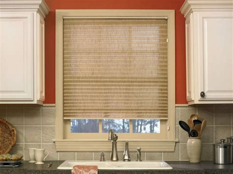 blinds for kitchen window sink 20 best images about kitchen sink window treatments on