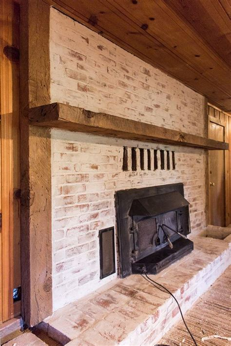 How To Clean Fireplace Brick And Mortar by 1000 Ideas About Update Brick Fireplace On