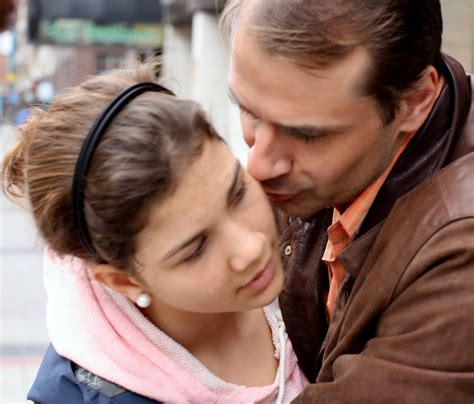 papa coge con su hija mi papa me coje con amor femme taringa