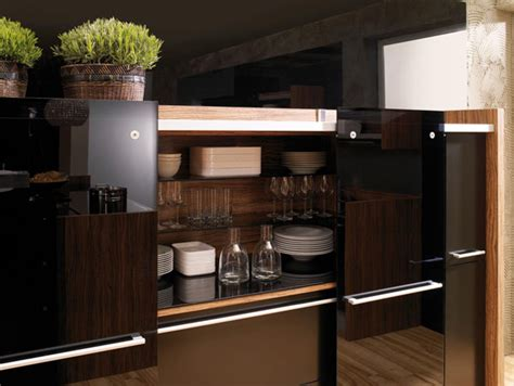 Glossy Lacquer With Natural Wood Kitchen Design Vitrea | glossy lacquer with natural wood kitchen design vitrea
