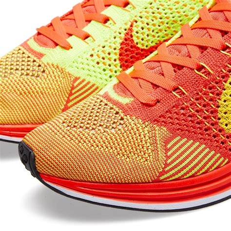 Sepatu Nike Flyknit Racer Bright Crimson Volt Orange 1 price 64 nike flyknit racer 526628 601 bright crimson