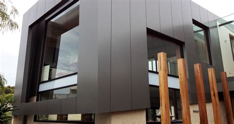 Dark Wood Wall Paneling facciata in alucobond a modica