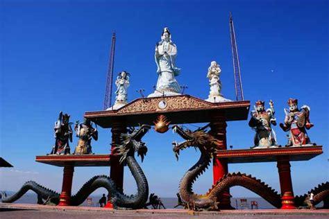 Lu Tidur Pagoda Merah Unik vihara pagoda dan klenteng di indonesia yang nggak kalah