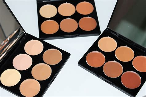 Original Sleek Contour Kit sleek makeup contour kit review swatches really ree