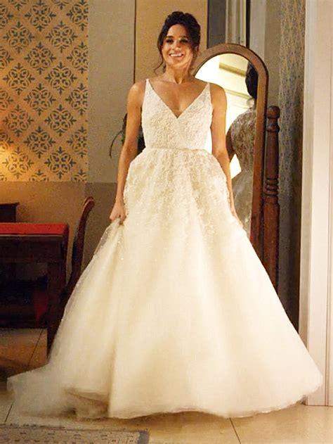 Designer Copy Wedding Dresses by Bookies Suspend Betting On Meghan S Wedding Dress Designer