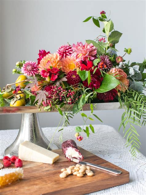 flower arrangement ideas 37 easy fall flower arrangement ideas hgtv