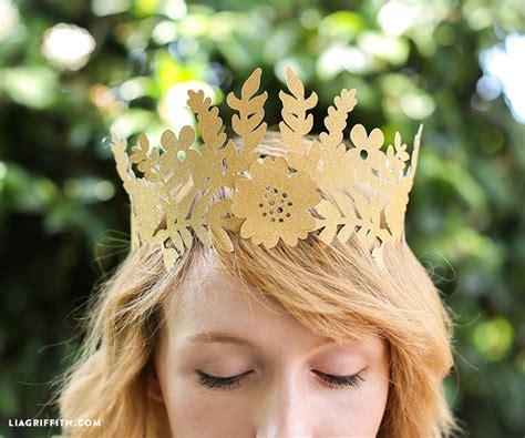 How To Make A Paper Princess Crown - diy paper crown paper crowns princesses and