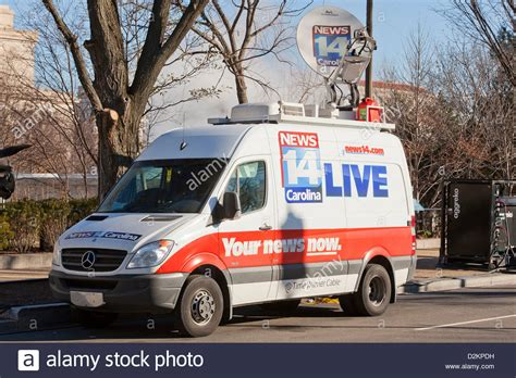 truck tv live tv satellite truck usa stock photo royalty