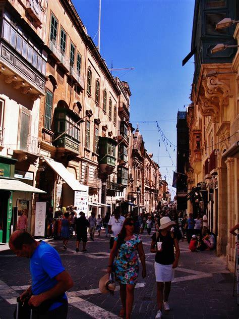 malta turisti per caso la valletta republic viaggi vacanze e turismo