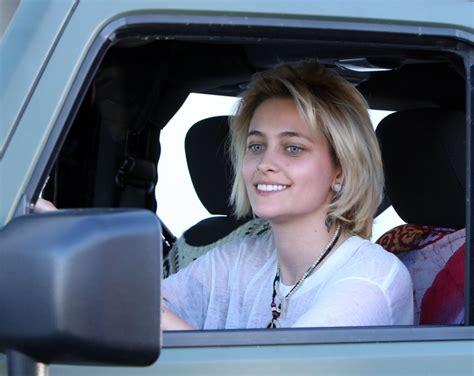 paris jackson jeep paris jackson leaves a photoshoot in hollywood zimbio