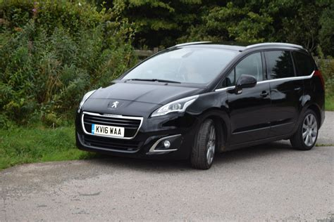 peugeot family review peugeot 5008 7 seater mpv family fever