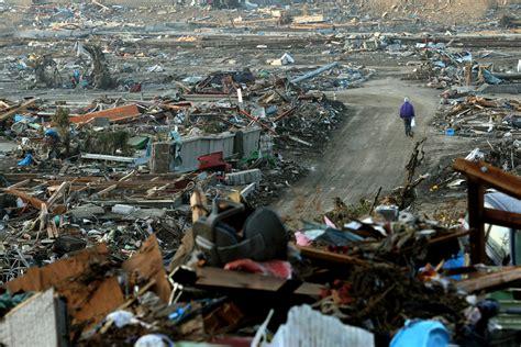 imagenes de japon despues del tsunami bp23 jpg