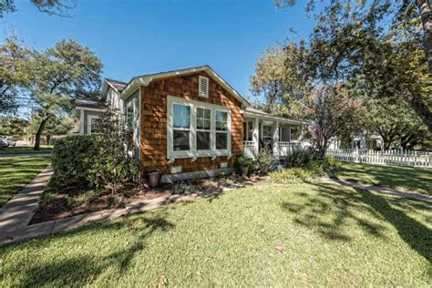 apply to fixer upper waco home featured on season 5 of fixer upper is now for