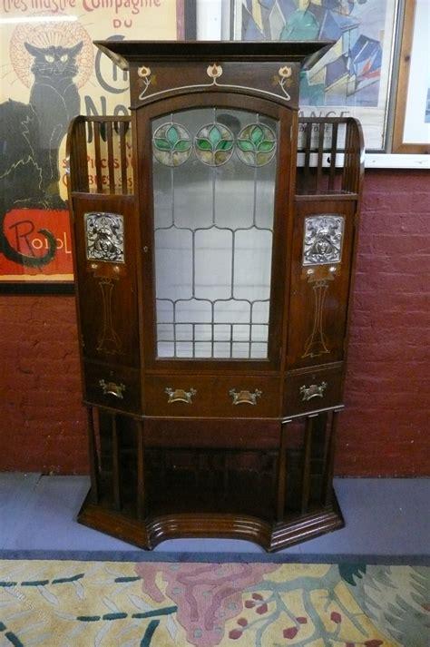 stunning art nouveau cabinet    antiques atlas