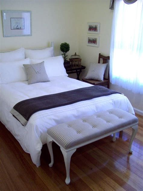 Bed Ideas For Small Guest Room 45 Guest Bedroom Ideas Small Guest Room Decor Ideas